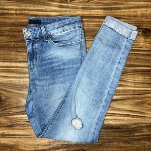 EUC UNIQLO Distressed Jeans Fits Size 27 Usually